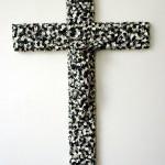 Volker Hildebrandt, k 9, 1994, Acryl auf Kruzifix, ca 60,5 x 40,5 x 8 cm
